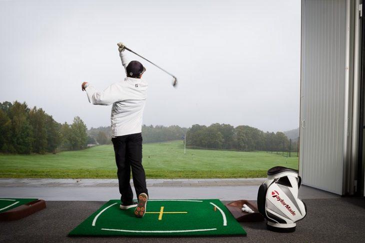 Handigolfaren Mathias Eriksson från Lyckornas golfklubb kommer att inviga Uddevalla Open. Under 2018 utsågs Mathias till årets parasportprofil på Uddevalla idrottsgala. Foto: Pressbild.